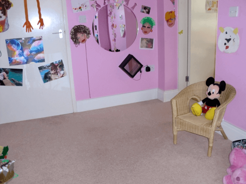 Plinth heating installed in a child's bedroom