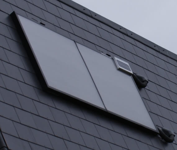 Even flat roofs can be equipped with a suitable support frame to provide the ideal angle for solar thermal collection